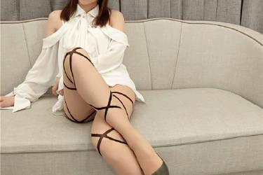 女巫露娜斗鱼主播婀娜多姿文艺范条纹提花白衬衣[39P-220MB]