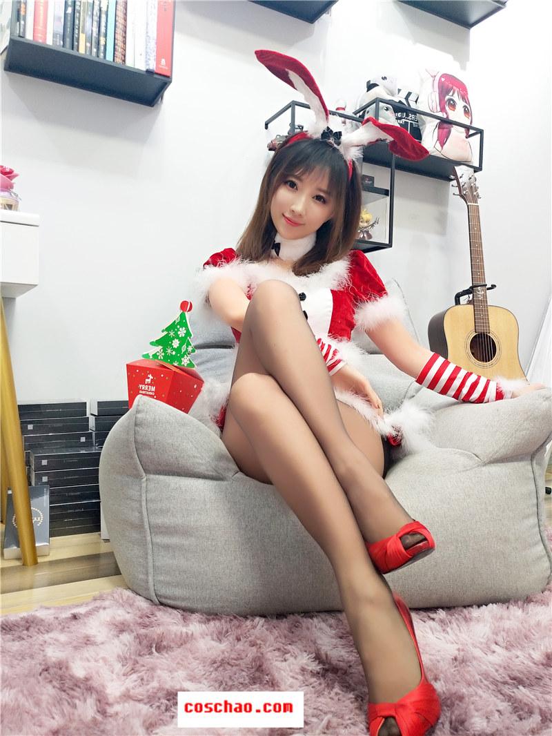 斗鱼人气主播女巫露娜-COS 圣诞兔子