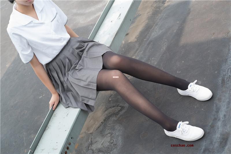 森萝财团-R15系列-031[95P/511MB]