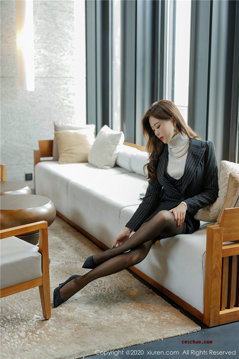 XiuRen秀人网美媛馆No.2910 杨紫嫣Cynthia文秘风[67P]