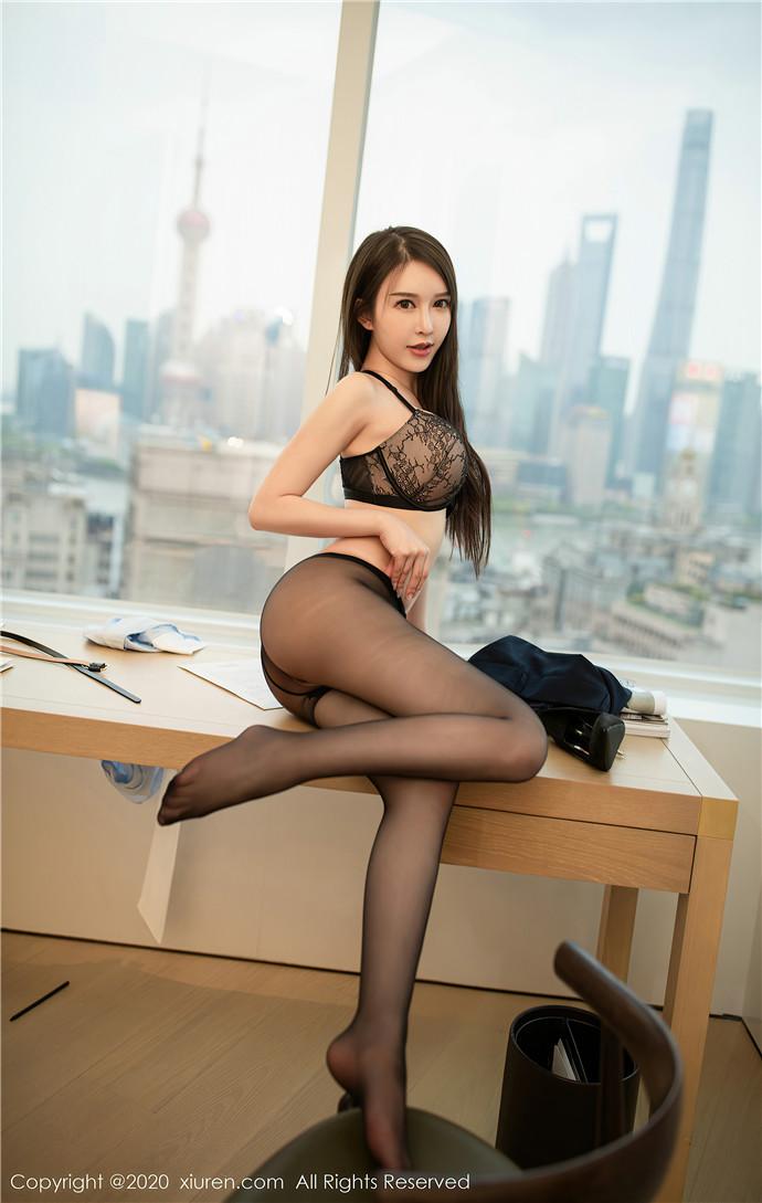 XiuRen秀人网美媛馆No.2819 玉兔miki文秘风[61P]